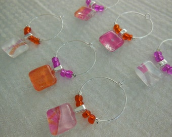 Hostess Party Wine Charms - Orange Hot Pink Wine Glass Charms - Set of Six - Glass Wine Charms Made by Pillowscape Designs - Hostess Gift