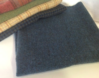 Deep Blue Stripe, Wool for Rug Hooking and Applique, Fat Quarter Yard, J996