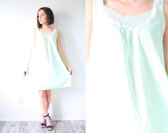 Vintage boho light green nightgown dress // mini dress // green nighty // lace boho dress // retro 60's mini dress XS // Small // lime green