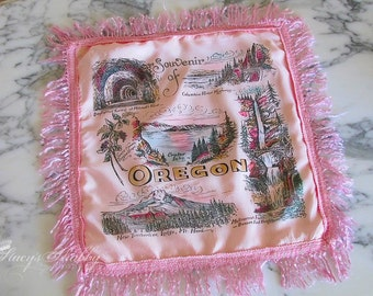 Fab PINK OREGON Souvenir PILLOW Cover, Cottage, Crater Lake, Mt. Hood, Kitsch