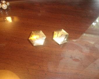 vintage clip earrings brushed shiny goldtone