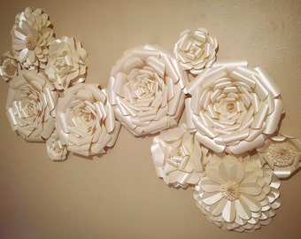 Giant crepe paper flower wall 30 home decor for Crepe paper wall flowers