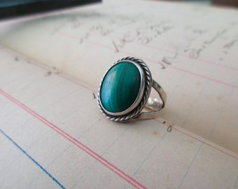 vintage sterling silver ring- malachite, green, size 6