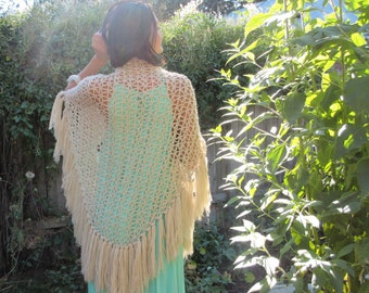 1970s Wrap Bohemian Beige Cotton Crochet Long Fringed Shawl
