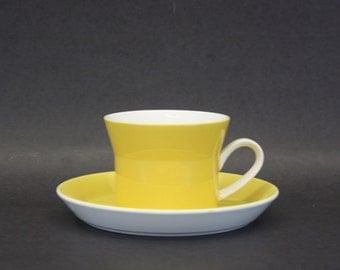 Vintage Ben Seibel 'Yellow 2557' Mikasa Duplex Cup & Saucer (E7494)