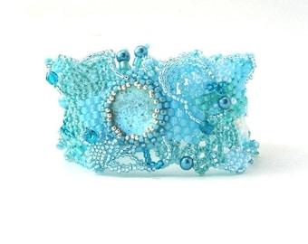 Christmas in July ON SALE Blue beaded bracelet, Summer bracelet Beaded jewelry Freeform art jewelry Gift idea