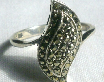 Sterling Silver Marcasite Ring-Size 7