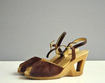 Vintage Suede Cut-Out Wedge Heels - Yo Yos