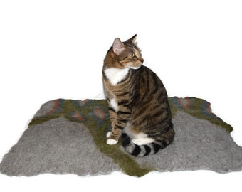 Cat Bed - Wool Cat Mat - Hand Felted Throw Rug - Pet Bed - Green/Gray  Abstract - Ready to Ship