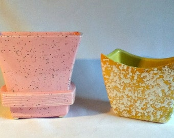 2 Vintage Planters Mid Century McCoy Retro Pink and Yellow