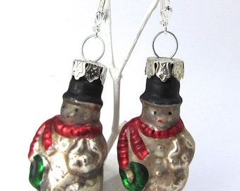 Snowmen Glass Ornament Earrings, Vintage Look for Christmas and Winter