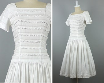 Vintage 1950s Dress --> 50s Dress --> 1950s Cotton Dress --> 50s Cotton Dress --> 1950 Dress --> White Cotton Dress 1950 --> Casual Wedding