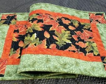 Autumn Fall Quilted Table Runner, Oak Leaves Table Runner, Harvest Table Topper