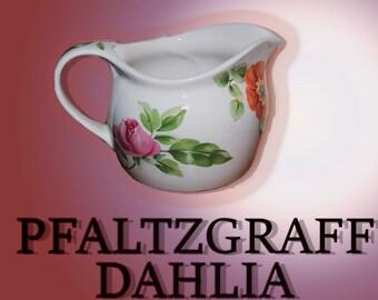 "Pfaltzgraff ""Dahlia"" Gravy Boat"
