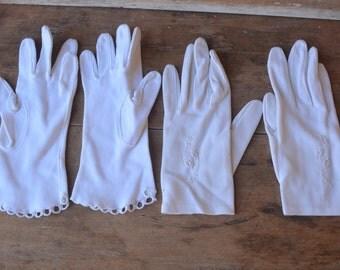 FREE SHIP Vintage Pair Of White 1950's Woman's Dress Gloves, Small Vintage Dress Gloves, White Gloves, Size 6.5 White Vintage Gloves