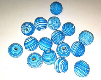 10 Fimo Polymer Clay Fimo Beads Round Spiral blue white color 14mm