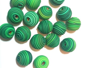 10 Fimo Polymer Clay Fimo Beads Round Spiral green color 14mm
