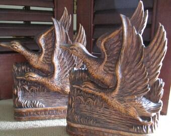 Burwood Mallards In Flight Book Ends    Man Cave   Cabin or Lodge Decor  Flying Mallards