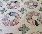 Antique Dresden Plate Quilt