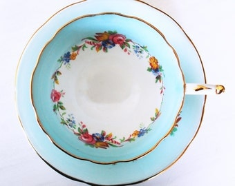 Paragon Teacup and Saucer / Blue and White Floral / Vintage Tea Cup