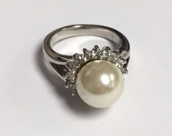 Vintage Silver Ring with Pearl and Clear Rhinestones Size 5 Simple Classy Ring Wedding Jewelry