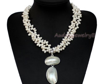 3 Strand Natural Freshwater Pearl  Abalone shell pendant Necklace  wedding gift Wedding Jewellery,Chunky Bold Necklace,Brides Pearls
