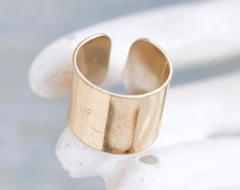 Golden Chunky Band - Thumb Wide Ring - Size 7.5