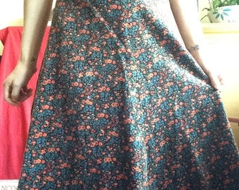 1970s Velvet Floral A-Line Skirt