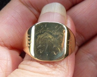 Vintage Ostby Barton Signet Ring in - 10k gold - size 11 1/2
