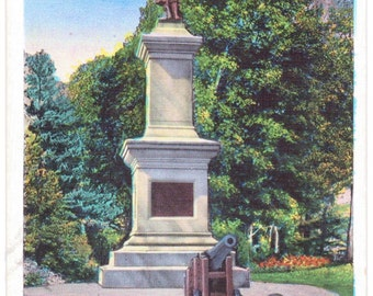 Brattleboro, Vermont, Soldier's Monument, Common - Linen Postcard - Unused (A4)