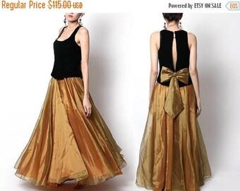 ON SALE Vintage Black Gold Flowy Gown / formal dress / evening wear / Holiday Dress