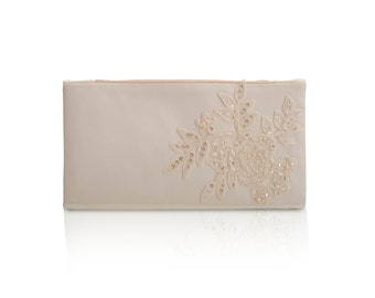 SALE -IVORY lace Wedding clutch ,bridesmaid clutch ,wedding bags ,Evening bag ,zipper pouch .make up bag