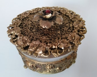 Antique Vanity Trinket Powder box