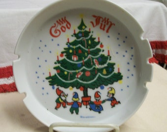 "God Jul Ashtray Large 7"" Diameter Vintage Christmas Holiday Decoration Christmas Tree Elves Scandinavian Inspired Made by Berggren 1970s"