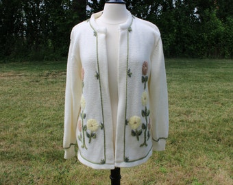 SALE vintage 1960s acrylic embroidered flowers cardigan sweater embroidery 60s Large/Extra Large