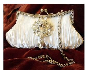 Bridal clutch, wedding clutch, Crystal clutch, vintage inspired evening bag, white clutch, bridal bag, evening clutch, party clutch