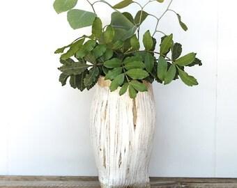 Stoneware Pottery Vase, Handbuilt Tripod Vase, Handmade Ceramic Vase, Tripod Vase