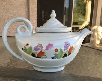 Hall's Aladdin lamp teapot rare CROCUS design with correct lid and infuser