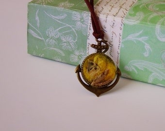 Felted pendant, bronze, yellow, wool jewelry, felted collar, textile pendant, summer fashion, for her, unique birthday gift, eye-catching