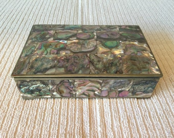 ABALONE & SILVER BOX Redwood Interior 4 Raised Feet Abalone Shell, Vintage Trinket, Keepsake Jewelry Box, Vintage Mexican Folk Art 1960 Sale