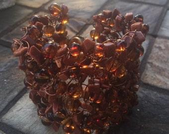 Brown beaded wire bracelet