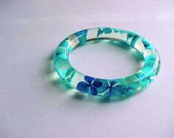 Hand Made Turquoise Hydrangeas  Resin Bangle,Real flowers and leaf,Gift idea