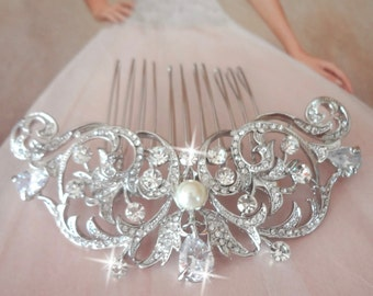 Brides hair comb ~ Teardrop ~ Hair accessories ~ Crystal hair comb ~ Swarovski pearls ~ Hair Jewelry ~ Wedding accessories ~ Hair comb