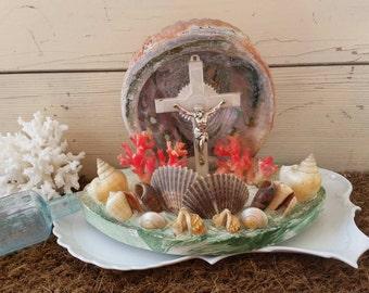 Vintage Religious Shell Art With Crucifix - Retro Grotto Souvenir Shell Decor on SALE, Beach Chic, Vintage Religious Gift, Religious Art