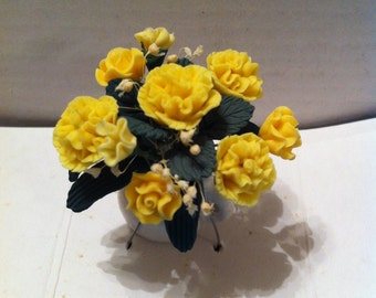 Dollhouse Bouquet in Ceramic Pot, Yellow Carnations