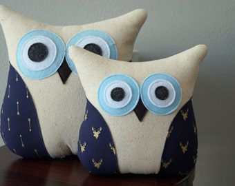Owl Accent Pillow - Navy and Gold Pillow - Owl Decor - Home Decor - Navy and Gold - Arrows or Deer - Large or Small - Gift Idea under 30