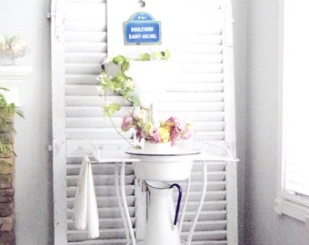 White French Farmhouse Vintage Metal Washstand Shabby Cottage Decor Antique Washstand