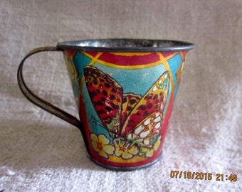 Vintage Toys 1930's - Tin Cup With Sweet Butterfly Graphic with Tin Coal Shovel, Tin Toys Butterfly Cup, Tin Toys, Toy Cup, Tin Shovel