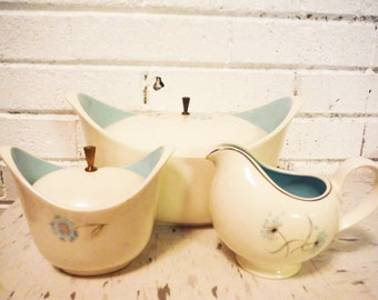 Casserole dish sugar creamer mod atomic white and turquoise bachelor buttons floral mid century