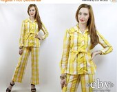 Vintage 70s Yellow Striped Two Piece Belted Pantsuit XS S 1970s Jumpsuit Hippie Jumpsuit Hippy Jumpsuit Wide Leg Jumpsuit 70s Jumpsuit